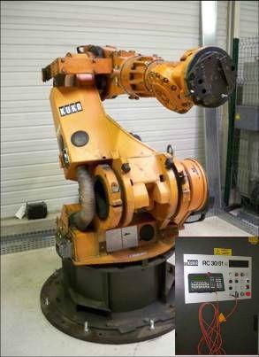 Robot KUKA avec sa baie de commande